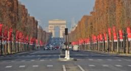 Les Champs Elysées 363 jours par an
