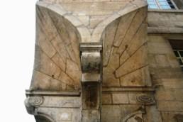 Assemblages de pierres - Clés de voûte - Paris IV° Le Marais