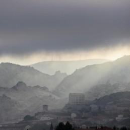 Marseille L'Estaque, la mine de cyanure un soir d'orage, photographie
